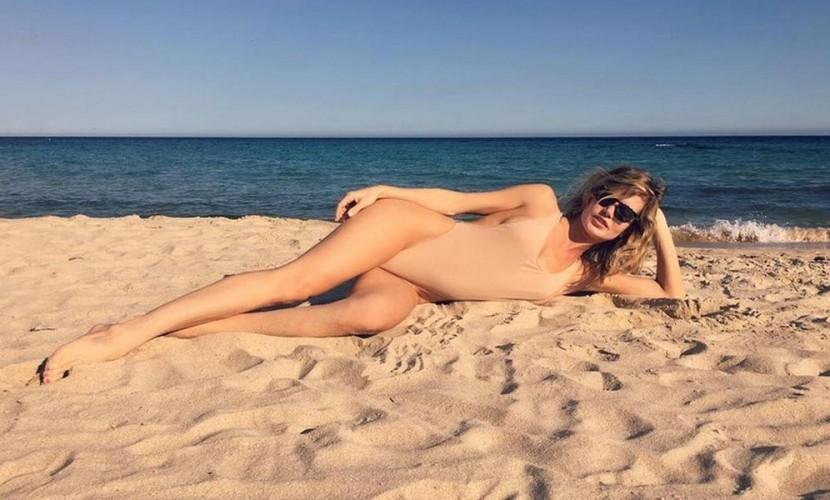 Купальник Глюкозы в Сардинии