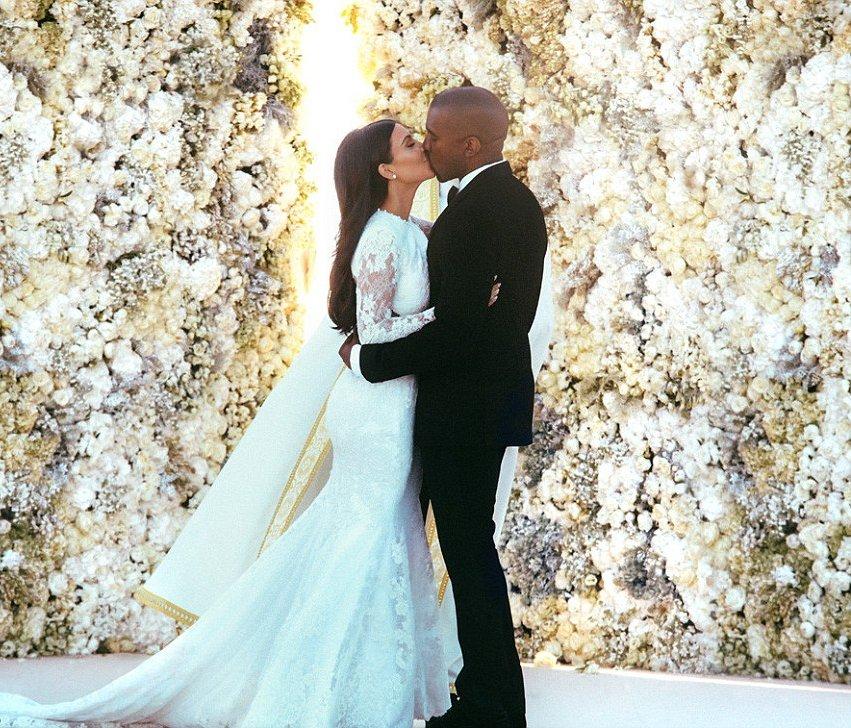 сколько стоит свадебное платье Ким Кардашьян