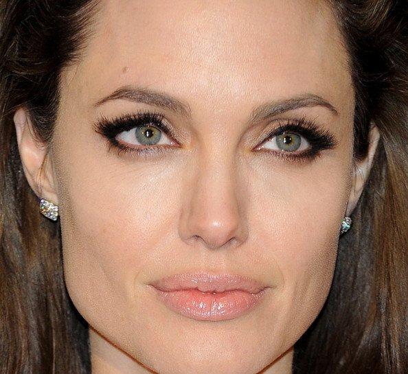 Макияж глаз как у Джоли
